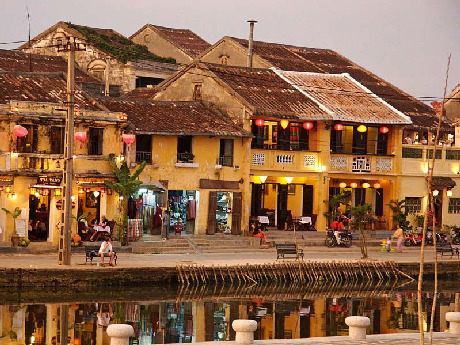 Hanoi Capital and Hoian ancient town continue being honored in the top 10 most attractive destinations of Asia 2012 by the magazine Smart Travel Asia (Hongkong). At the top of this list is the popular resort island of Bali (Indonesia). Vietnam travel news for Vietnam tour packages to travel vietnam and  tours to Vietnam by Vietnam tour operators and Vietnam travel agencies.