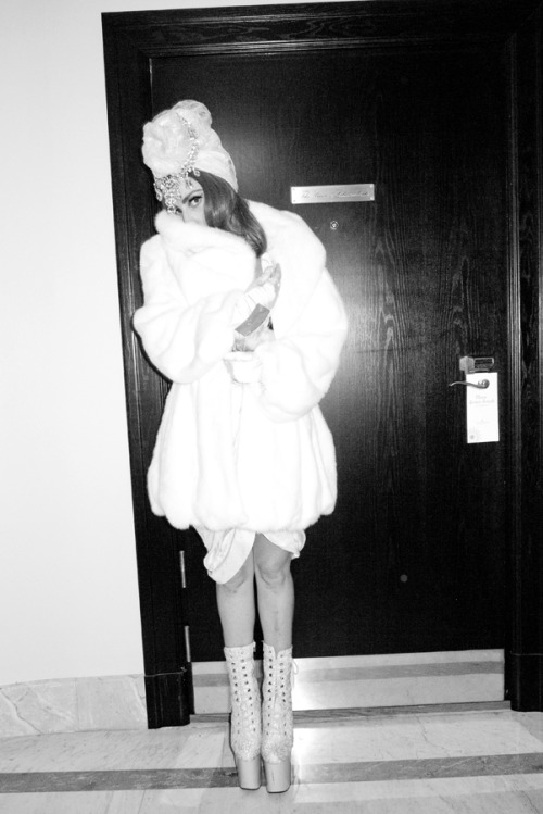 Lady Gaga in fur #3