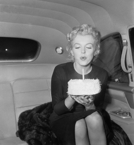 MARILYN.1956. 30TH BIRTHDAY. I HOPE SOMEONE THREW HER A PARTY LATER.