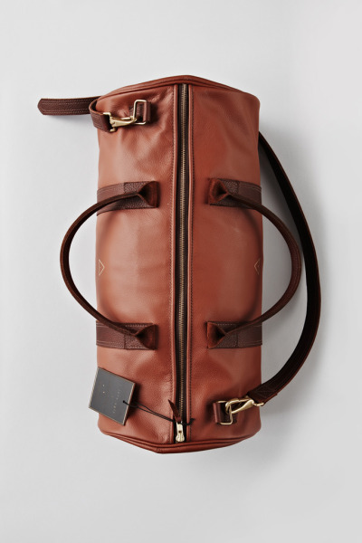 theiloveuglyblog:  I Love Ugly. Leather Boxing Duffle.