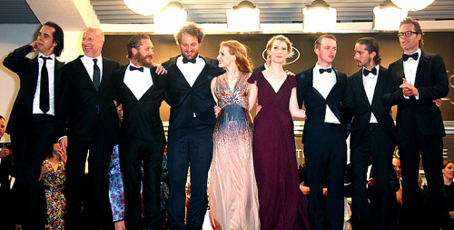 tomhardyvariations:  gratuitous magical cast photo