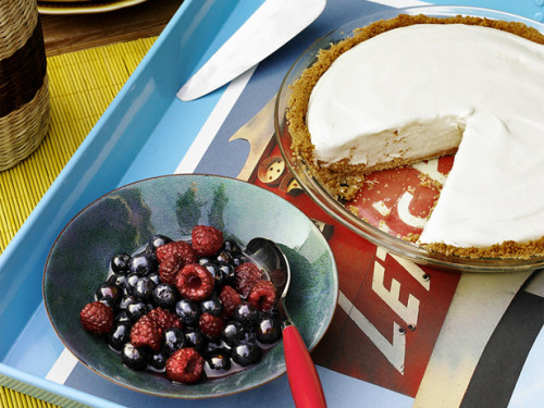 Headed to a Labor Day BBQ? This frozen lemonnade pie would be an excellent treat, and would be sure to make you the crowd favorite. Click here for the full recipe.