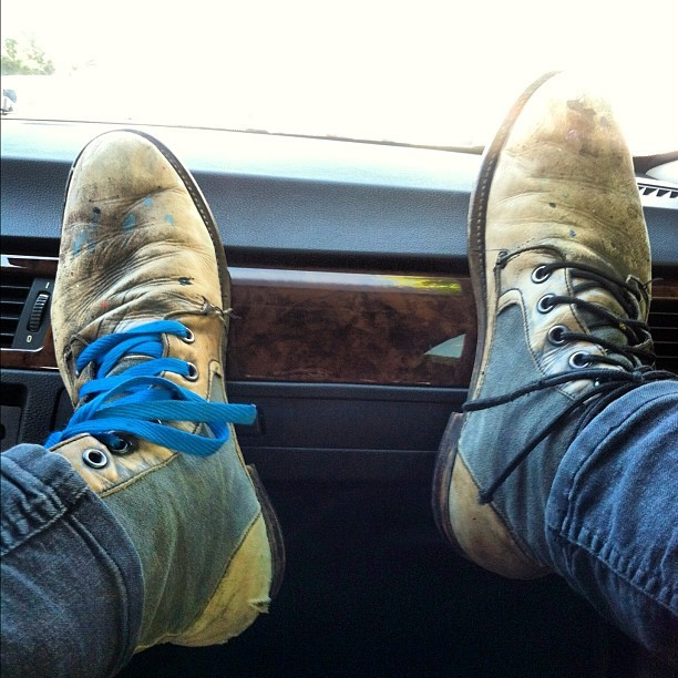 My turn. Fly like a… @2wenty_  #vangoghboots #oldfriends #trippin (Taken with Instagram)
