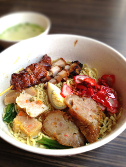 Mie Campur, Putri Kenanga. Noodle with roast pork, charsiu, siewmai, ngohiang, egg, and pork skewers!!