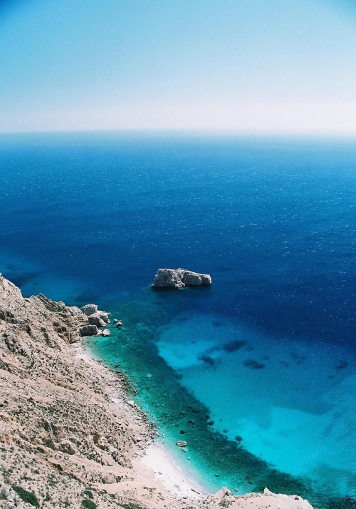 santoriniblog:  Sparkling blue sea - Amorgos, Greece