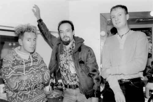 Johnny Rotten, Jello Biafra and Bob Mould backstage after the Pixies/Bob Mould show (San Francisco, 1989)