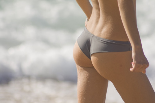 reallyfitandthin:  Squats give you this