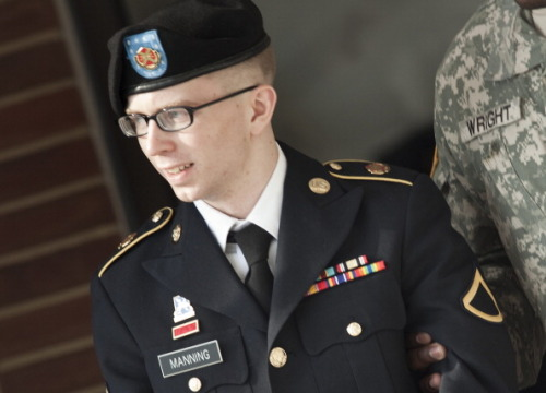 Judge announces 2013 start date for Bradley Manning trial Judge Denise Lind has scheduled a six-week period, from February 4 until March 15 2013, for the trial of Bradley Manning. Manning, who will face a total of 22 charges due to his alleged work with Wikileaks, will also appear in court on November 27 as his lawyers fight to have 1,384 emails related to his incarceration released by the U.S. Army. His defense team hopes to prevent further incarceration by proving that his time/treatment at Quantico qualified as cruel and unusual punishment. (Photo by Brendan Smialowski/Getty Images) source Follow ShortFormBlog: Tumblr, Twitter, Facebook