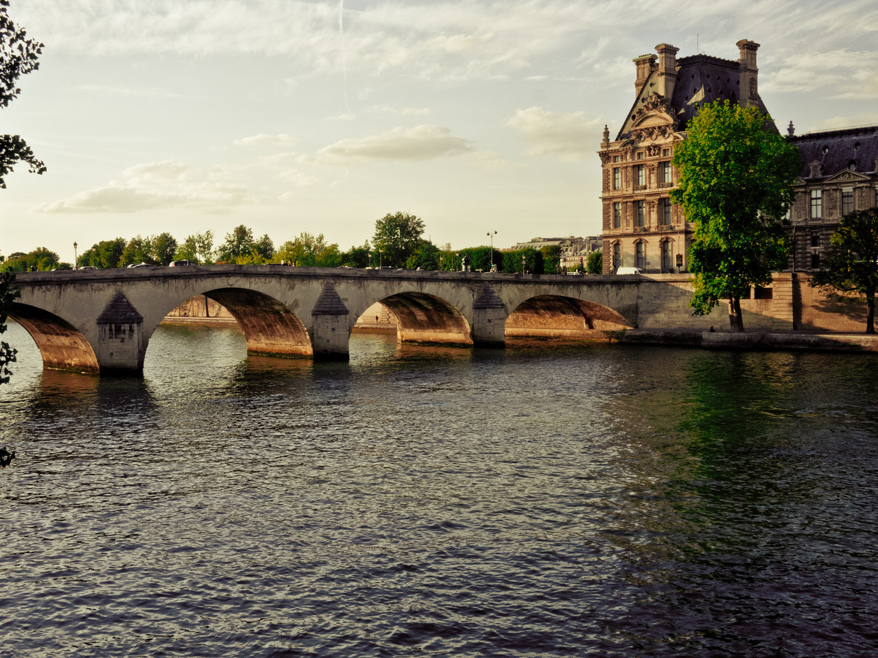 nikosaragon:  Sunset on the Seine. Pont Royal, Paris.