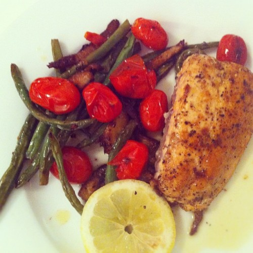 Late supper: salmon, burst cherry tomatoes, green beans, shiitakes…. Lemon, garlic, olive oil. #food #dinner #nyc #fish #healthy (Taken with Instagram at East Village)