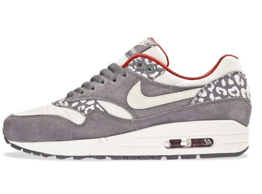 Sneakers: Nike Air Max Leopard Pack