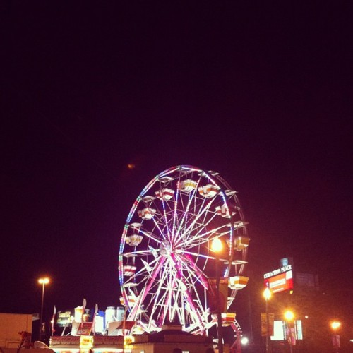 CNE rides at night ☺ #instamood #instaphoto #instashot #instamoment #instagood #iphoto #iphone4 #summer #downtown #toronto #downtowntoronto #instatoronto #cne #theex #ferriswheel #lights #colourful #pretty #rides #rollercoaster #summernights #instaphotography  (Taken with Instagram)