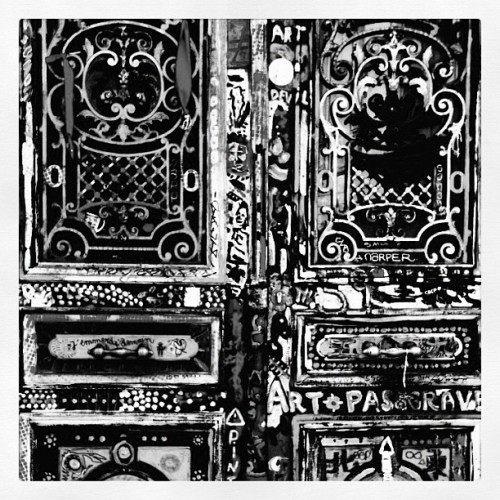 #parisian #doorway  (Taken with Instagram)