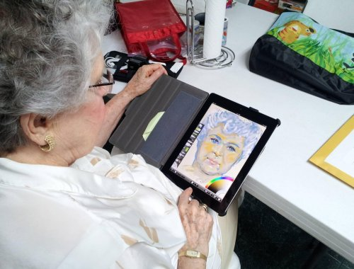 "candycoated-royalty:  fuckyeahviralpics:  Bought my Grandma an iPad. She's 84 and never had a tablet, and wanted it for ""art."" I bought ArtRage for her and left her alone with her new toy for 30 minutes. This is what I came back to.  Is your grandmother the spirit of Monet"