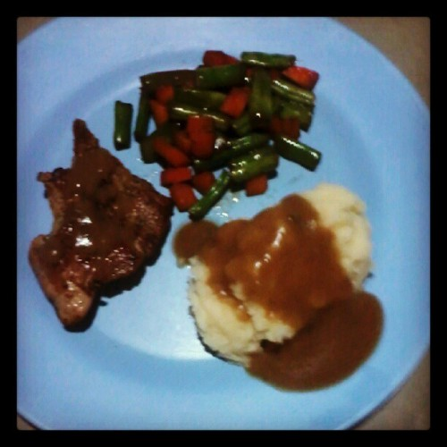Compliments to the chef..to me..wahaha.. #yummy #happytummy (Taken with Instagram)