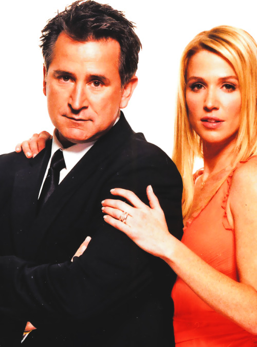 anthony258:  Anthony LaPaglia et Poppy Montgomery!!  Oh, the feels! My ship! MY SHIIIIIIP!