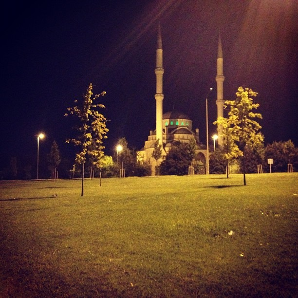 11pm #istanbul #turkey (Taken with Instagram)
