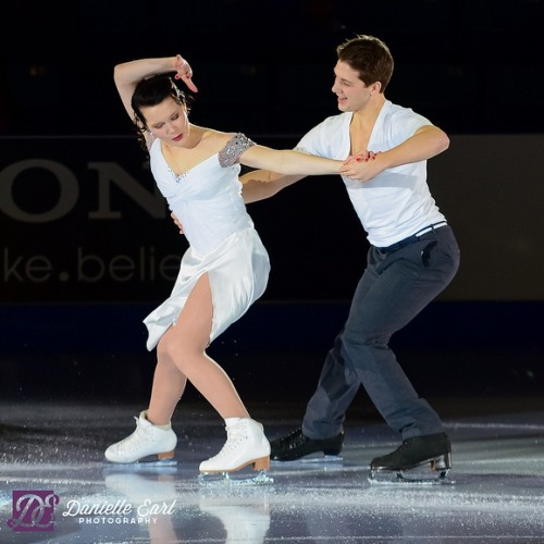 Andréanne Poulin and Marc-André Servant performing in the 2012 Canadian Nationals gala.