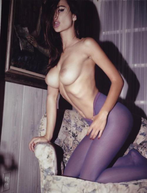 younguntildeath:  I like purple