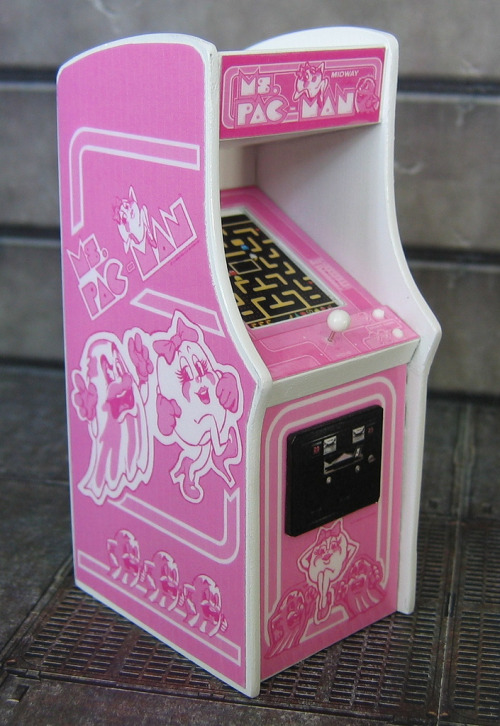 it8bit:  National Breast Cancer Foundation Ms. Pac-Man Cab Special Edition Arcade created by Justin Whitlock for Breast Cancer Awareness Month. For each one that's sold JW ARCADES will donate a portion of the sale to the National Breast Cancer Foundation. Cabinet will be available for $30 USD until the end of October. HOW TO BUY: Make payment via PAYPAL to t34bag@gmail.com. Once payment is received, construction will begin after all previous orders are filled. Orders for 1 to 3 cabs are moved ahead of orders for entire sets since they can be completed in a short period of time. Please ask for an estimated completion time, if you need them by a particular date.