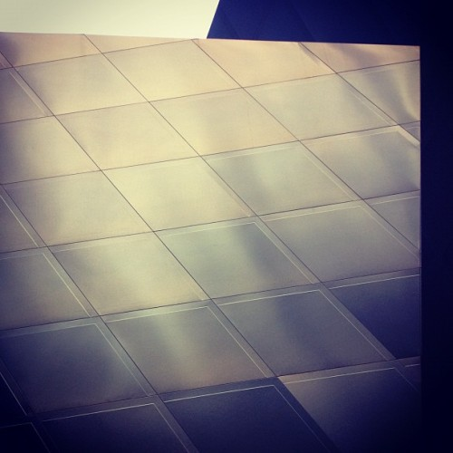 Gradients on display #bluesteel (Taken with Instagram at Contemporary Jewish Museum of San Francisco)