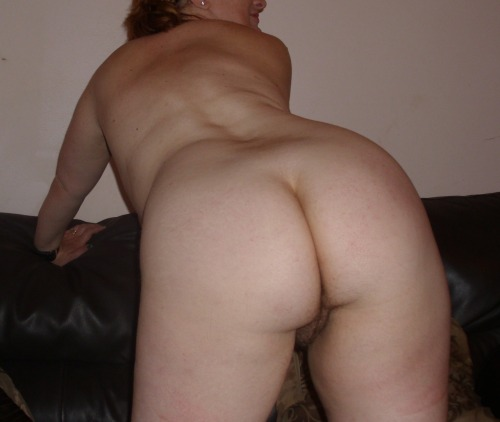 womens tiny naked butts