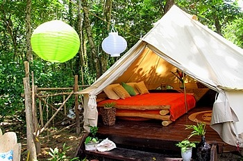 Ideal Labor Day Plans:  Glamping!  Eco-friendly loveliness!