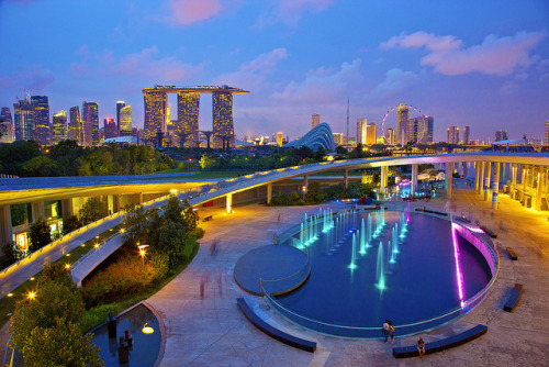 dr0plette:  Singapore Marina Barrage by Kenny Teo