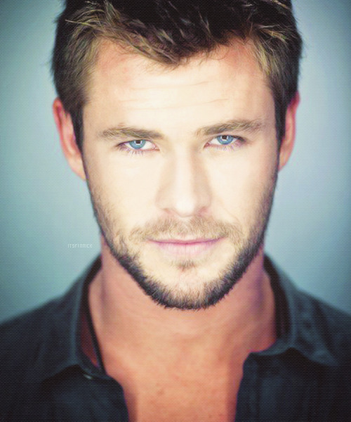 itsfinnick:  10/50 Photos of » Chris Hemsworth