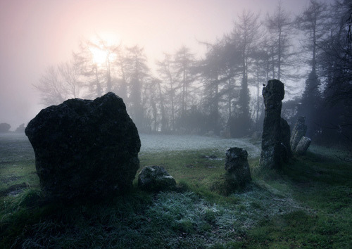 the-hanging-garden:  Magical Ring, Rollright stones by AngelaJayneBarnett