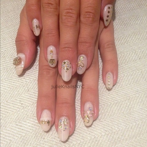 My Everything Gold #nails #nailart  (Taken with Instagram)