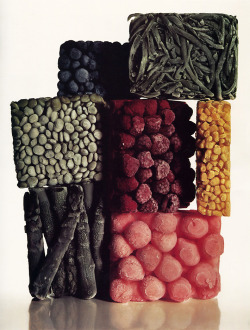 """Frozen Food"", 1977  By: IRVING PENN…. * THIS IS SO F'ING AMAZING!!!!….another of my favorite photographers evaaaaaa!!!!…. :)"