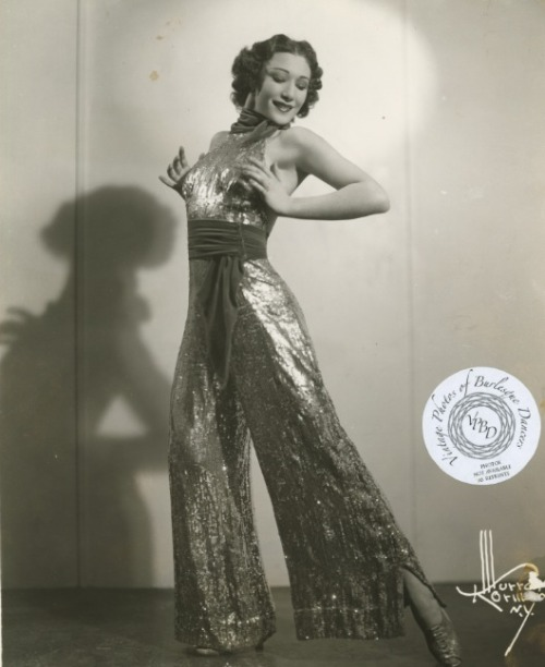 burlyqnell:  Betty Bruce: vintage 8x10.  Betty was a vaudeville era tap dancer, this photo is dated 28 August 1938.