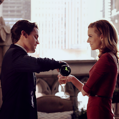 Neal/Sara - Beautiful screencap ♥