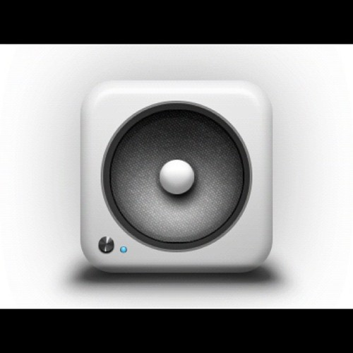 Made a speaker iOS icon in photoshop. Just for fun. 👍👏🙌 (Taken with Instagram)