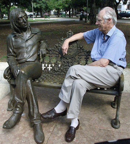 George Martin with the John Lennon bronze sculpture in John Lennon Park in Havana, Cuba.