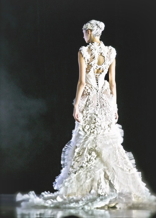 wink-smile-pout:  Tex Saverio Bridal Collection Spring 2012