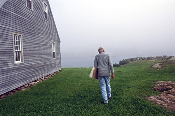 Andrew Wyeth, Benner Island, Maine, 1996. Photo by Harry Benson.