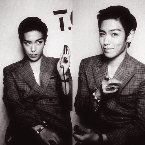 45-46 / 100 Photos of TOP