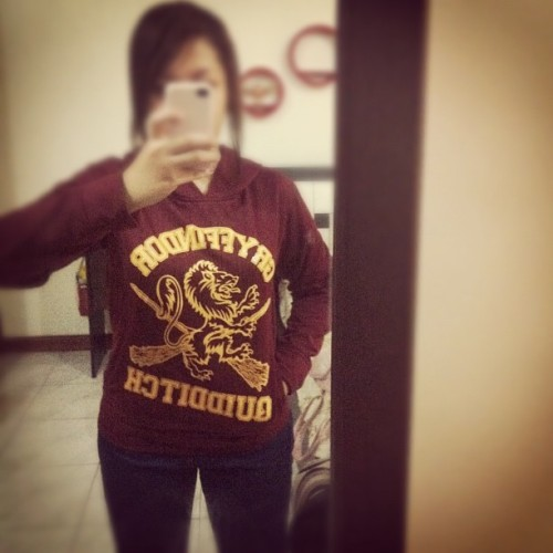 ktinacruz:  I'm now an official player of gryffindor's quidditch #tpws #teamgryffindor #quidditch #hp (Taken with Instagram)