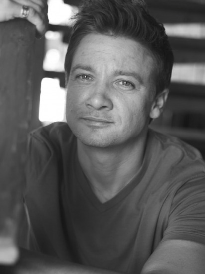 110/100 Pictures from Jeremy Renner