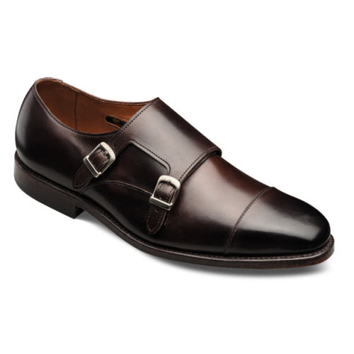 maxminimus:  The Neumora is the succesor to Allen Edmonds' old double monk, the Mora. At $345.00 a pair…made right here in the good ole USA, the Neumora might just be the best value in Double Monkery that I've seen in a while. Now if they'll just start crankin' 'em out in the ADG House Fabric…Suede. Click here.  Monk Straps :: because slip-on loafers are for hobos.