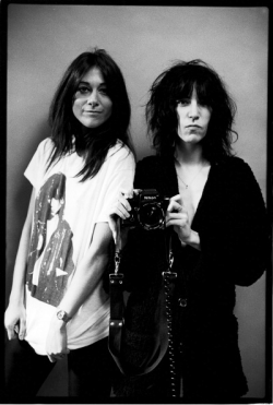 patti smith with lynn goldsmith, 1978