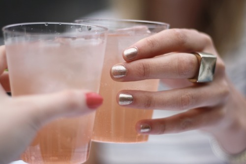 nuddily:  love the ring, the nailpolish &  the drink!✰