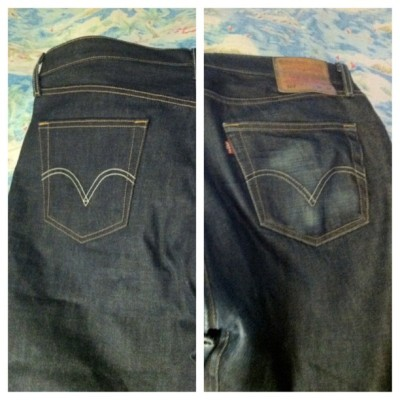 Both pairs of jeans were purchased on the same day. One  pair were worn for six months, the other pair were kept in the closet.  (Taken with Instagram)