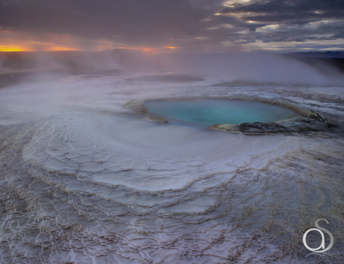 polarscope:  Geothermal Oasis by Antony Spencer: highlands of central Iceland.