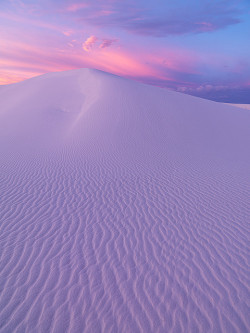 fleeckr:  White Sands Morning by Ben H.