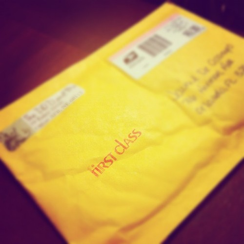 @jaimiedee It's here:))))) #recievedtodayinthemail #waitingforyoutogetbackhome #iphonisia #iphoneonly #instagramphoto #thebestday  (Taken with Instagram)