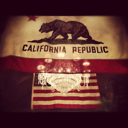 Amurica!! #california #usa #flags #chandeliers #shopping#art (Taken with Instagram)