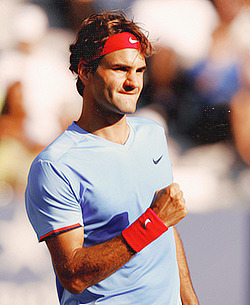 federerblog:  Roger Federer defeats Fernando Verdasco 6-3 6-4 6-4 in the 3rd Round at the US Open. He goes through to his 34th straight grand slam 4th round where he will play the winner of Fish vs Simon.    ALLEEEEEEEEEEEEZ ROGER!